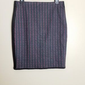 Max Studio Stretch Plaid Pencil Skirt Size Small
